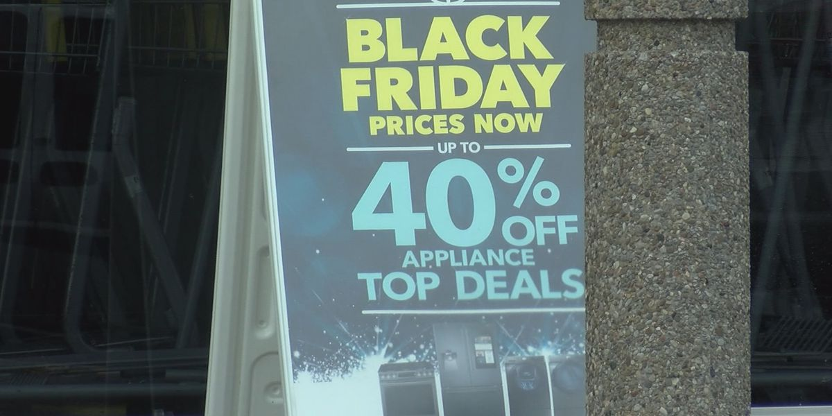 Shoppers get head start on Christmas shopping