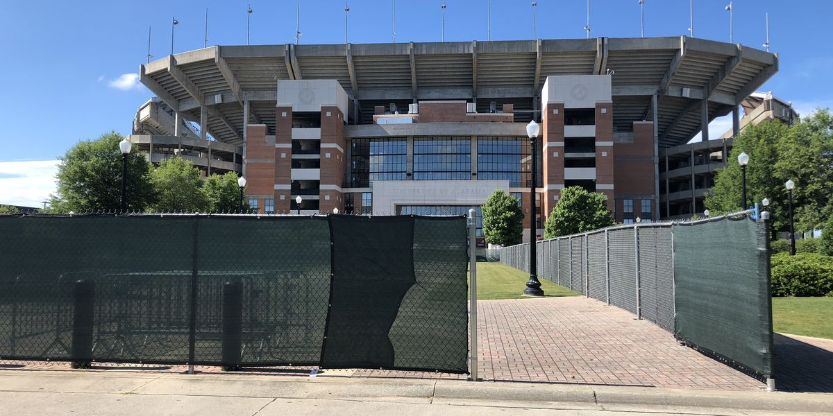 Construction worker at Bryant-Denny Stadium shares concerns about on-site COVID-19 cases