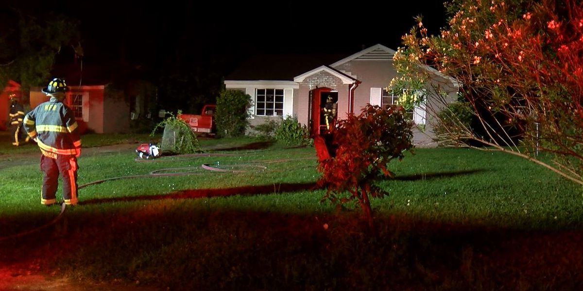 Early morning fire contained in Montgomery home
