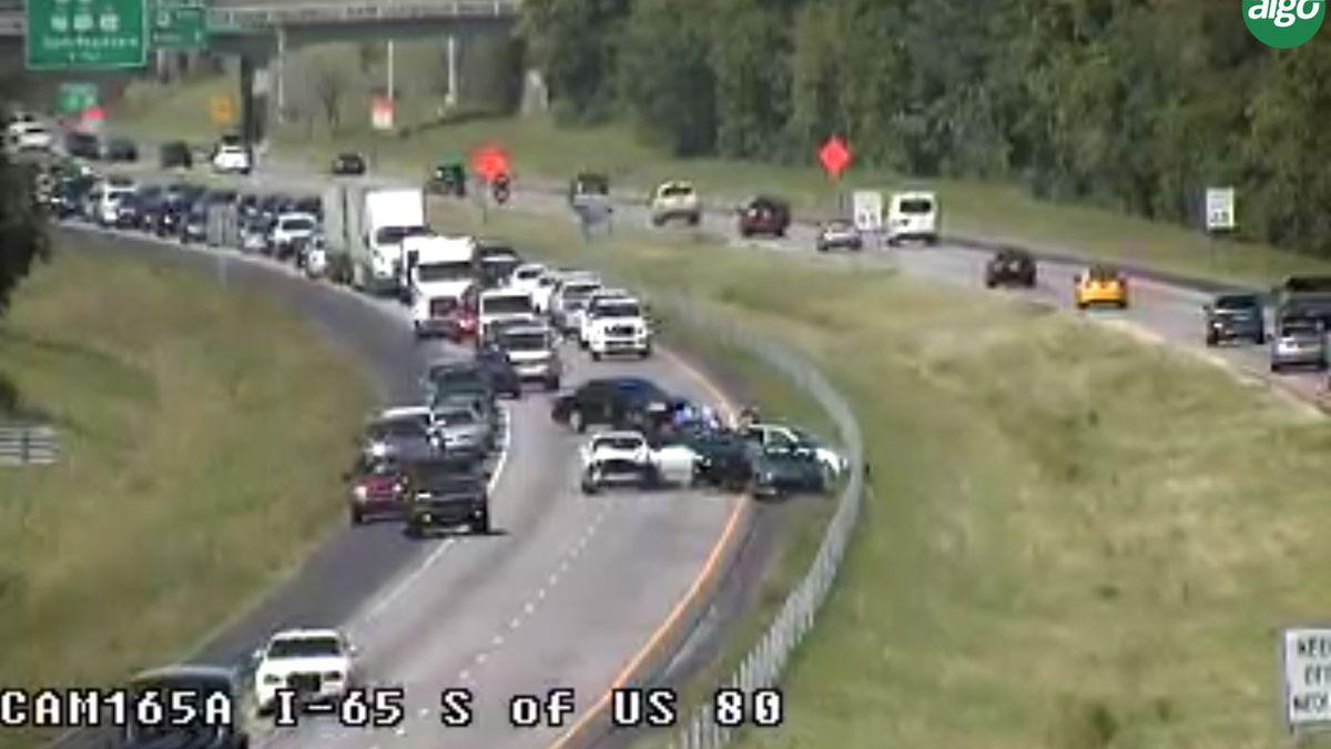 Major delays on I-65 SB after crash past Selma Highway