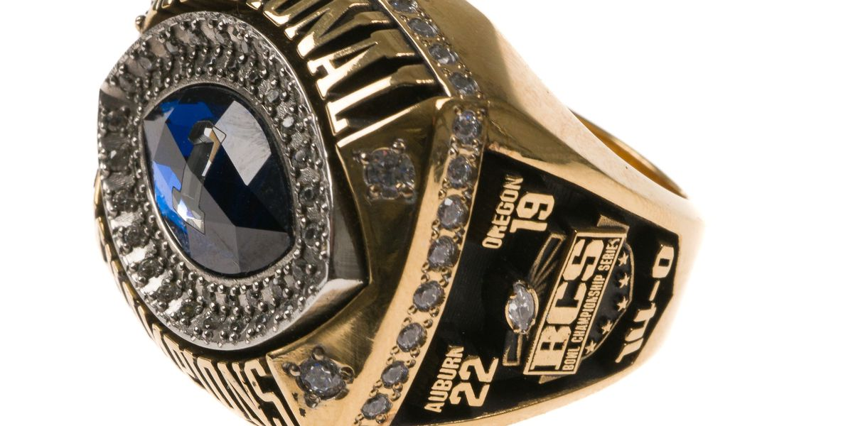 National championship rings among Pat Dye items up for auction
