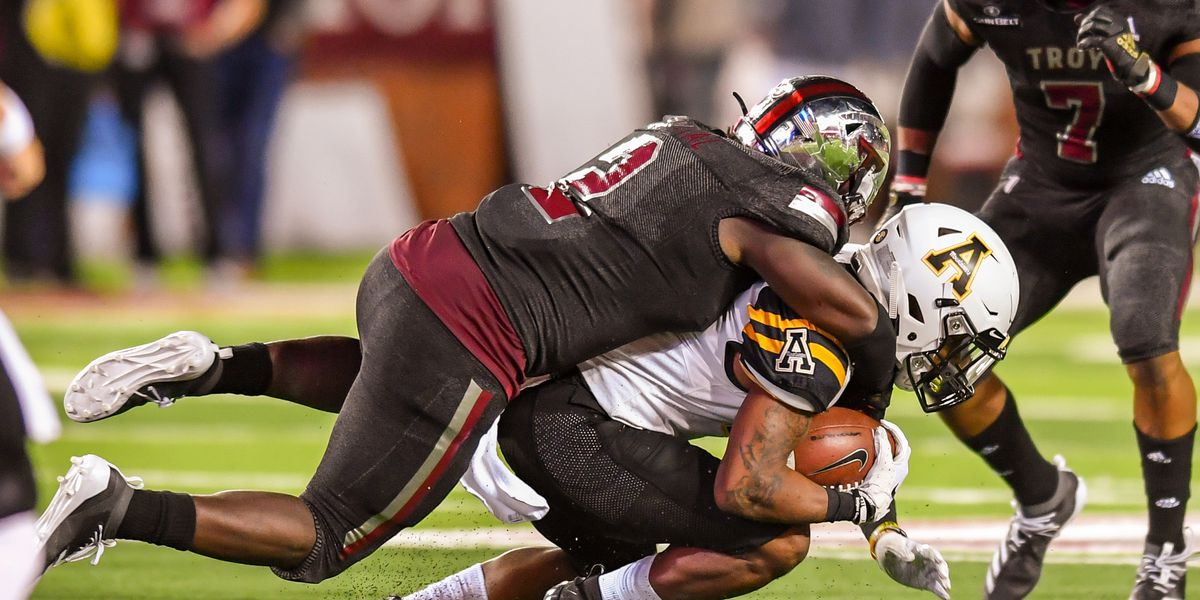 Trojans' bowl hopes fizzle at hands of No. 25 App State