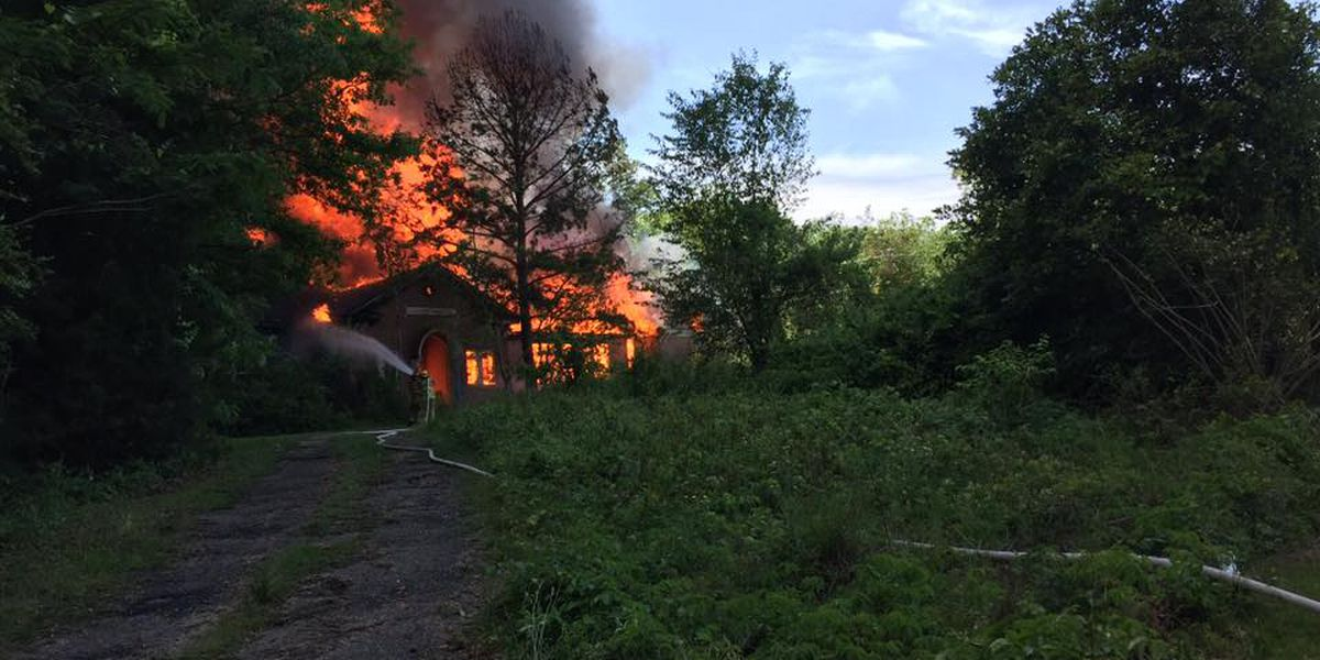 Cause of deadly blaze at abandoned school sought