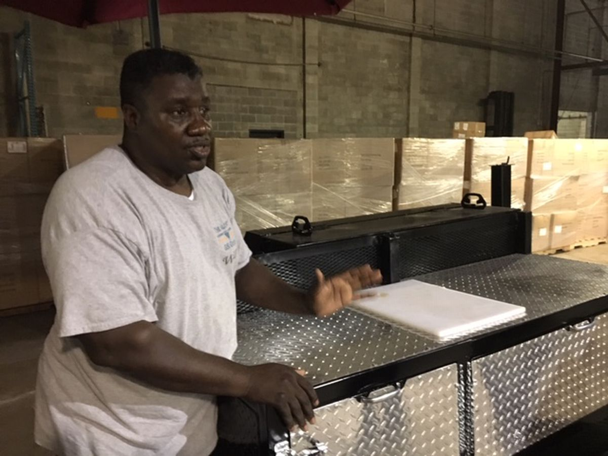 Former NFL player tackles homemade grills in Bullock County