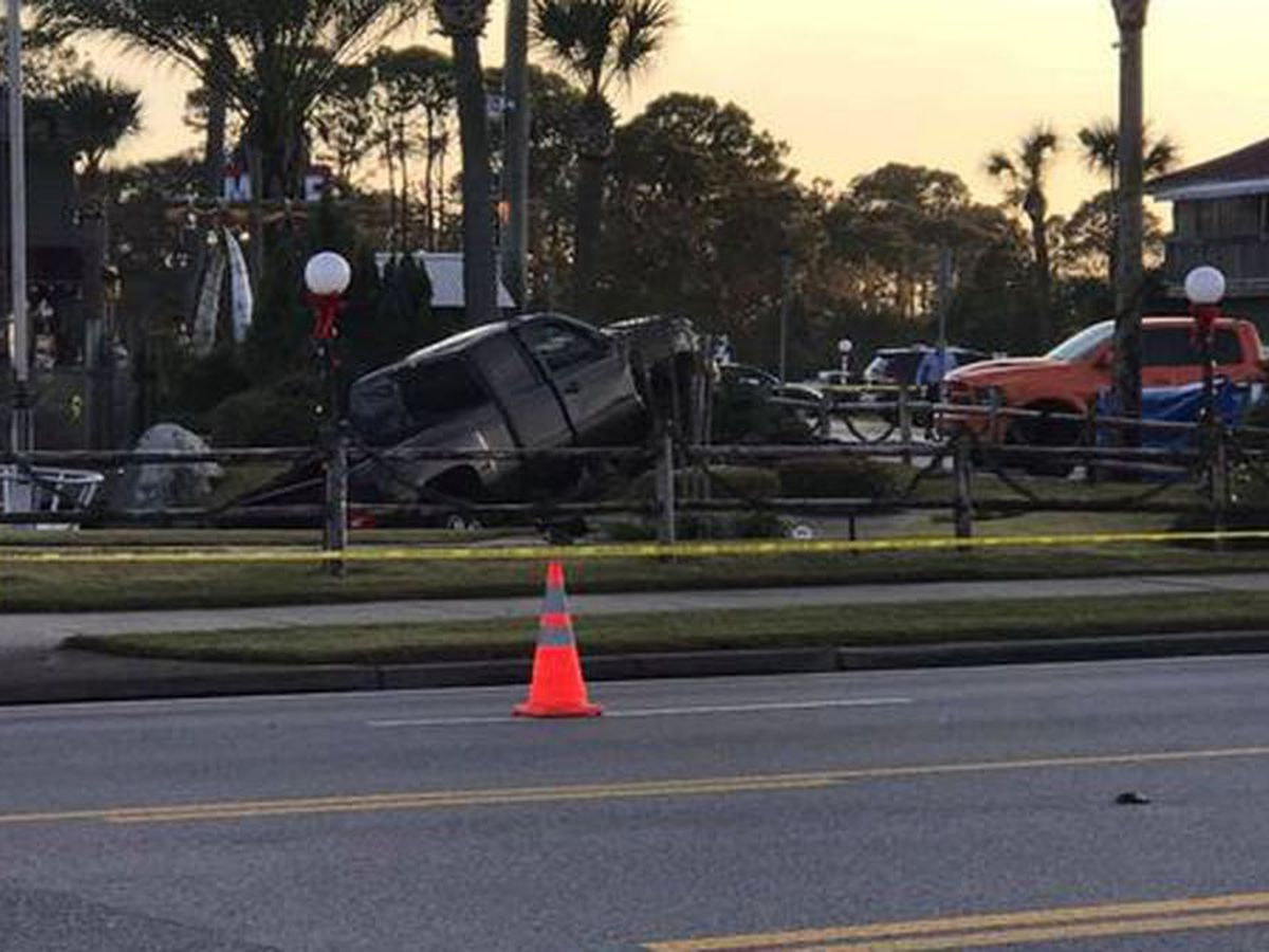 Crash at Panama City Beach miniature golf course kills 2 children
