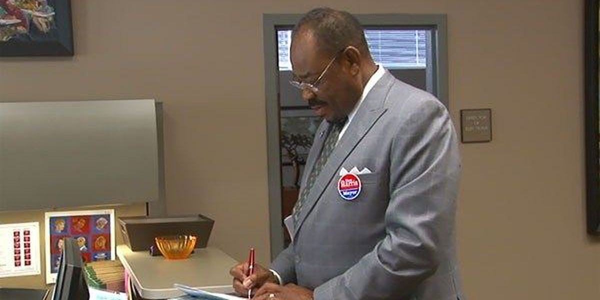 Montgomery County Commissioner files papers to run for Mayor
