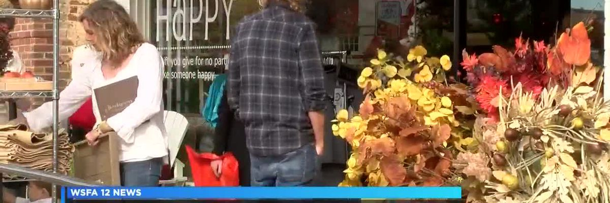 Holiday shopping impacts small business owners