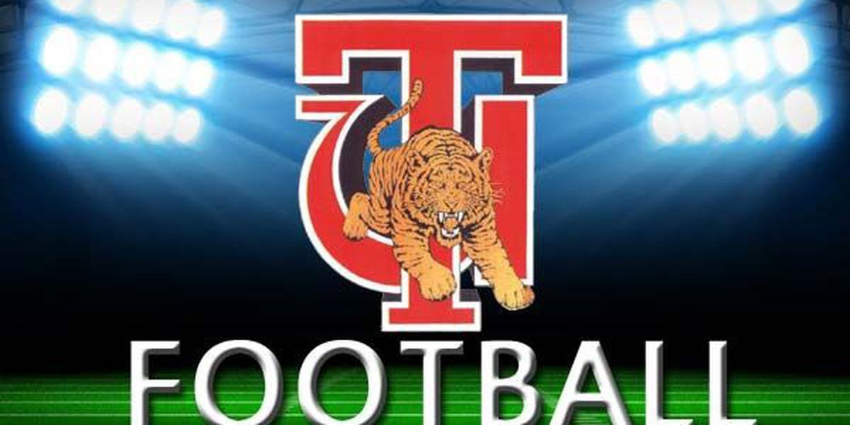 Tuskegee claims Western division title in 50-20 win over Miles