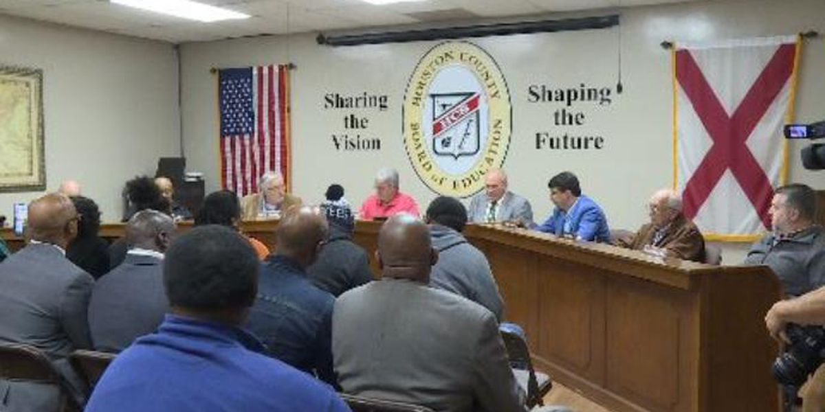 Board suspends teachers involved in Ashford text scandal