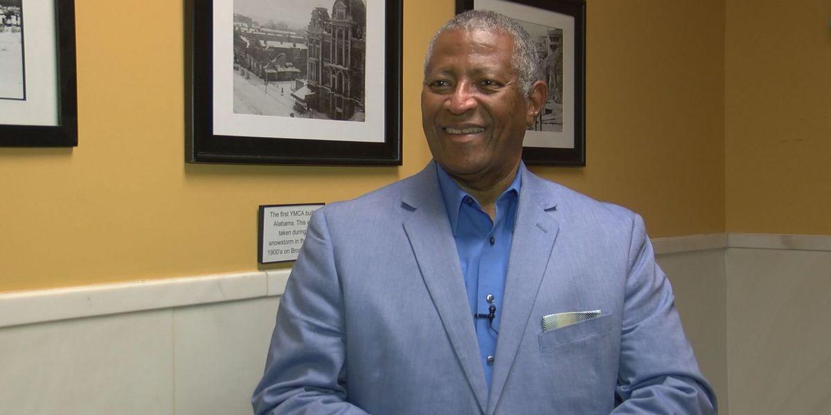 Selma mayor's home shot into Saturday evening