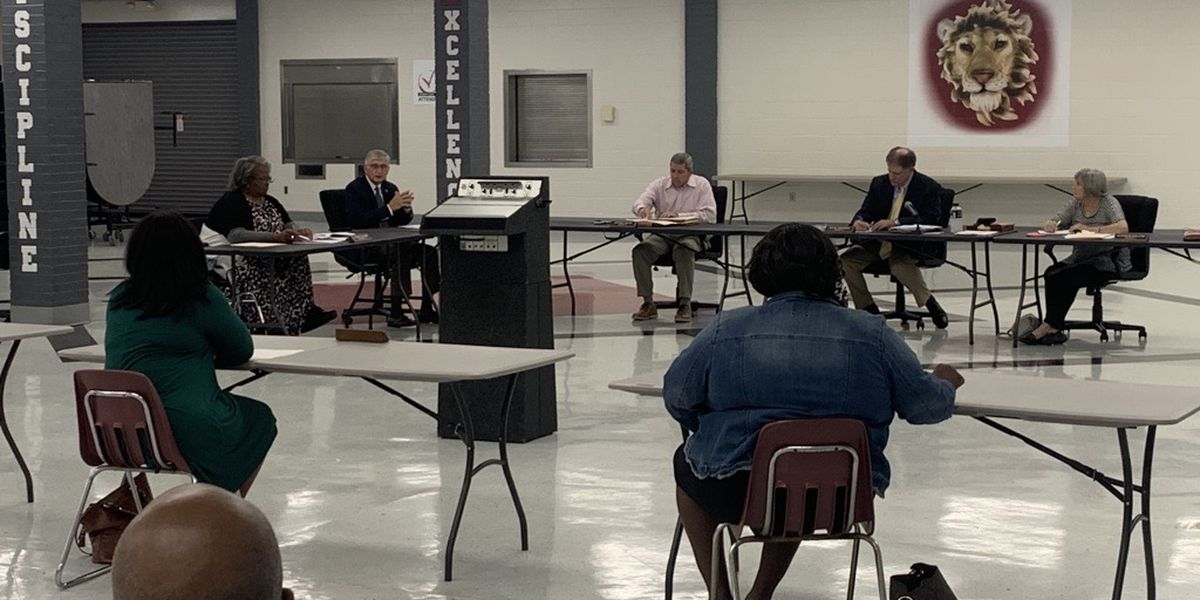 Autauga County School Board votes to name next superintendent