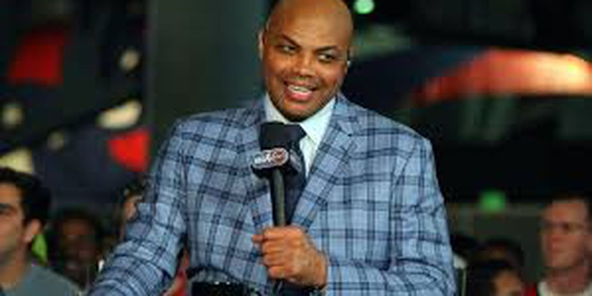 Hometown hero, Charles Barkley, donates $1,000 to all employees at Leeds City Schools