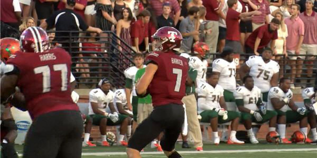 Barker tallies 5 total TDs as Trojans get back on track against FAMU