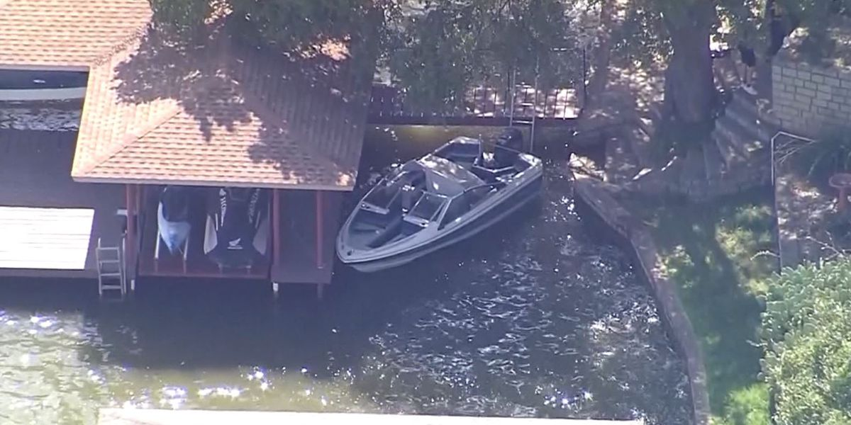 3-year-old girl found alone on boat in Texas; father's body recovered nearby