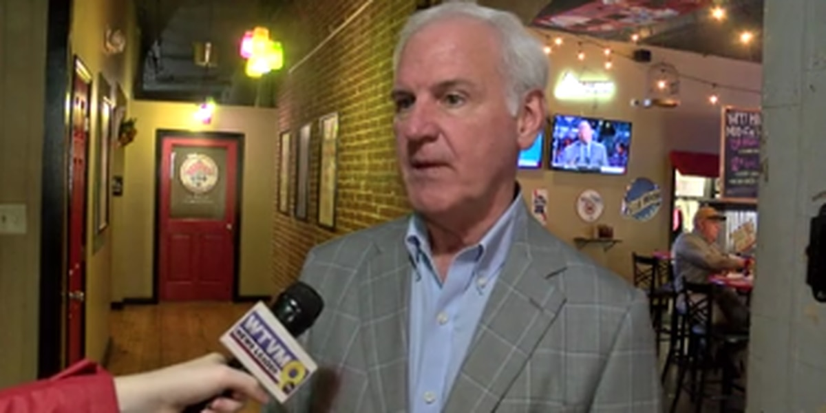 Ala. Rep. Bradley Byrne visits Opelika during campaign tour