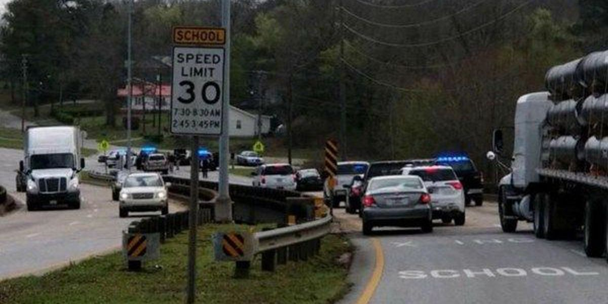 High-speed chase begins in Troy, ends on Highway 82 in Eufaula